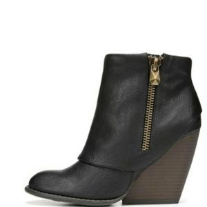NEW Envy Wedge Bootie
